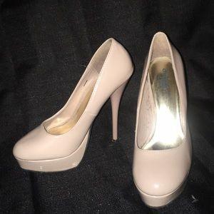 Shoes - Beige heels